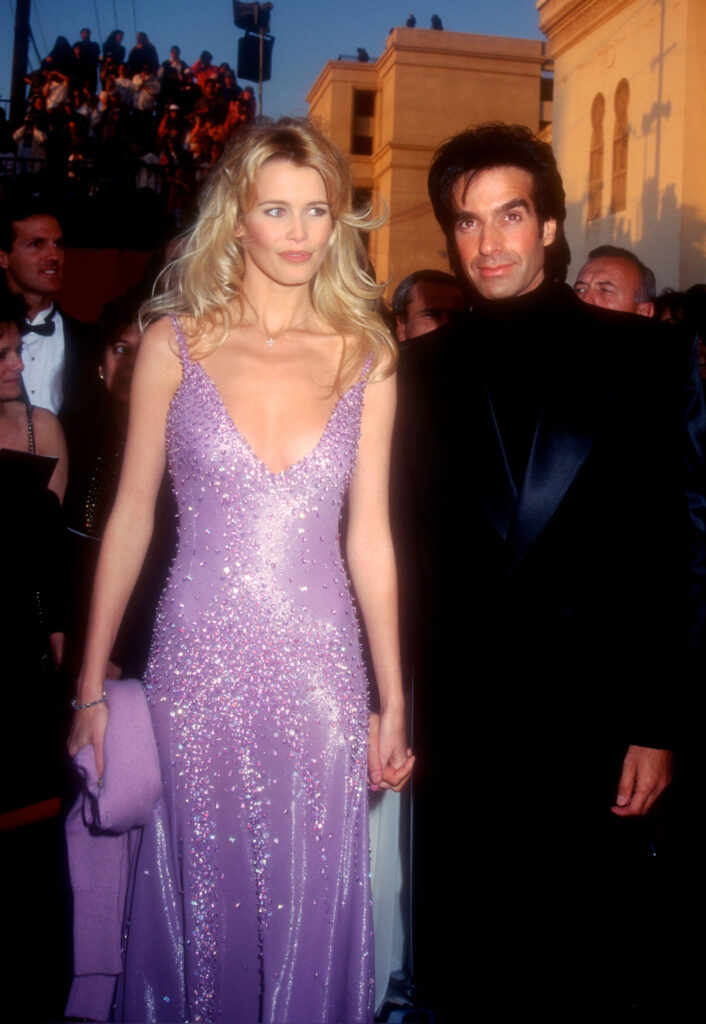 WEB2AE6RF0 706x1024 - Claudia Schiffer: A tribute to timeless beauty