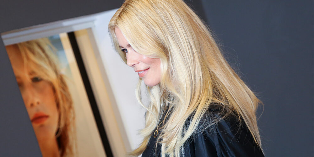 claudia big sliderUntitled 2 1000x500 - Claudia Schiffer: A tribute to timeless beauty